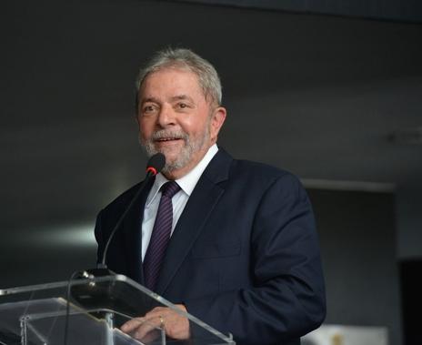 Juiz autoriza soltura de ex-presidente Lula após decisão do STF