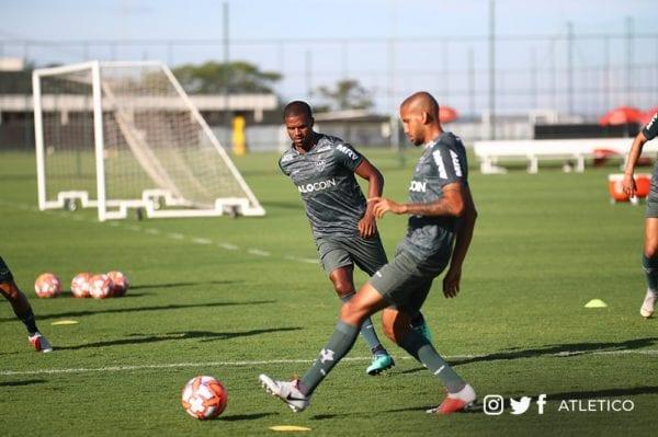 Levir Culpi comanda último treino antes do jogo contra a URT