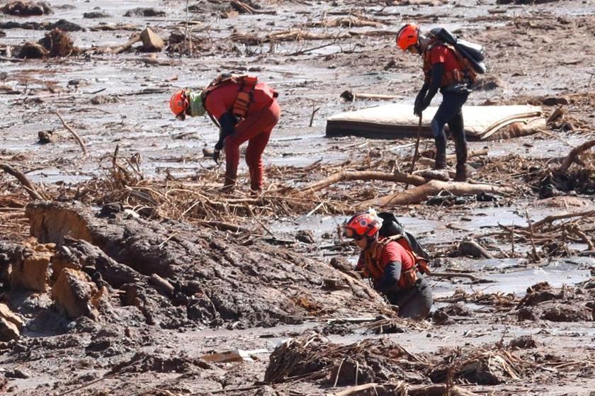 Sobe para 150 o número de mortos da tragédia do rompimento da barragem da Vale em Brumadinho