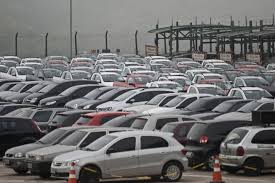 Quase 3 milhões e meio de veículos estão com situação irregular em MG