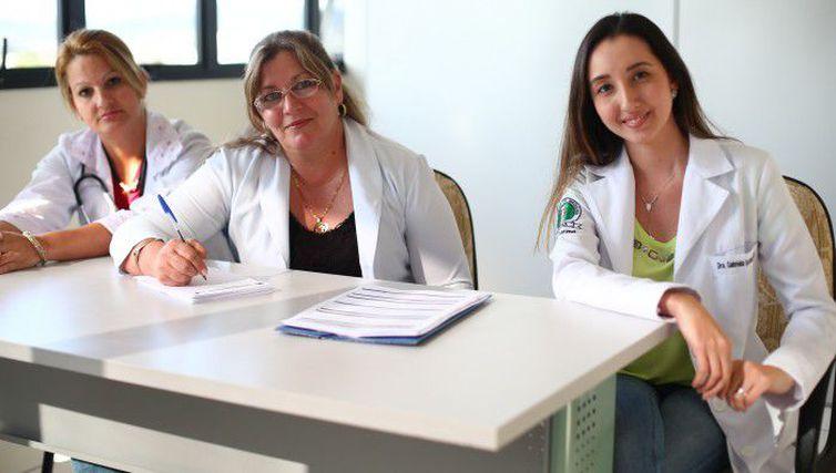 Formados no exterior têm novo prazo para escolher vaga no Mais Médicos